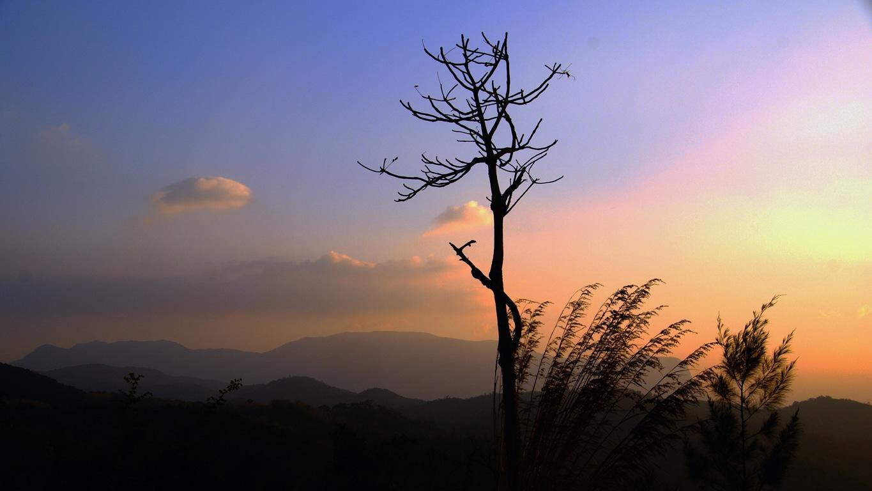 Un beau coucher de soleil vers Attapaddy