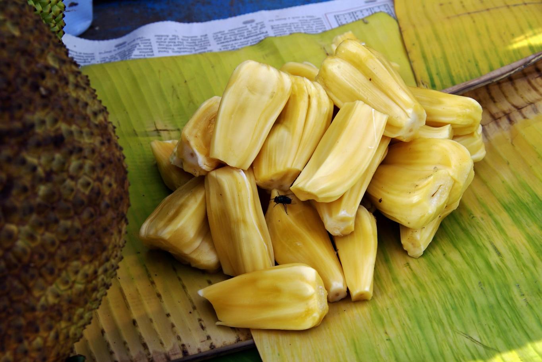 www.raconte-moi-une-image.com/Jack-fruit prêt à consommer (sans les mouches)
