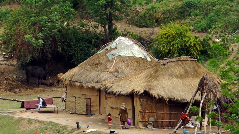 Sur la route dans la région de Rohru, Rampur (Himachal Pradesh)