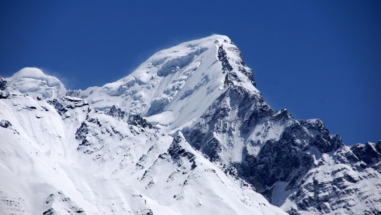 Les sommets enneigés de l'Himalaya à Sangla (Himachal Pradesh) (4)