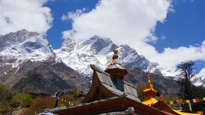 Les sommets enneigés de l'Himalaya à Sangla (Himachal Pradesh) (5))